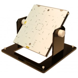 Tungsten Rotating Alignment Pattern Device for CR Cassette for Accelerators and Simulators